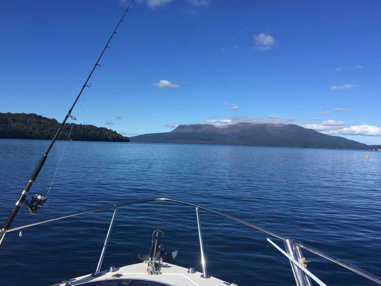 lake tarawera boat cruise