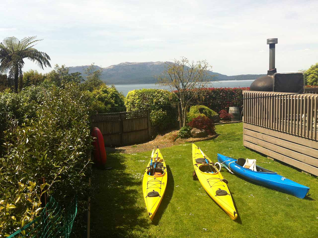 lake tarawera kayak hire